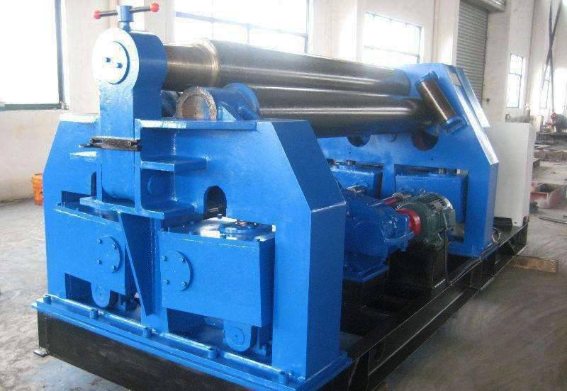三辊机械预压卷板机1