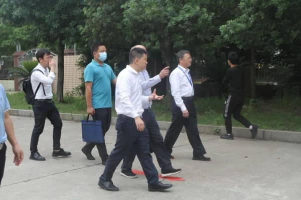 """株洲市委组织部""""两新""""办主任杨进发来我校调研党建工作"""