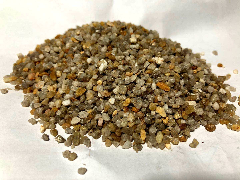 0.8-1.6mm石英砂