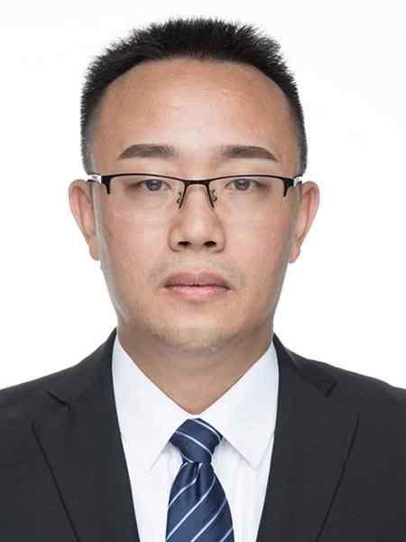 李海平-教科室主任