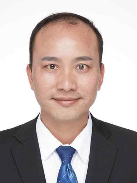 赵君湘-副校长(分管初中部)