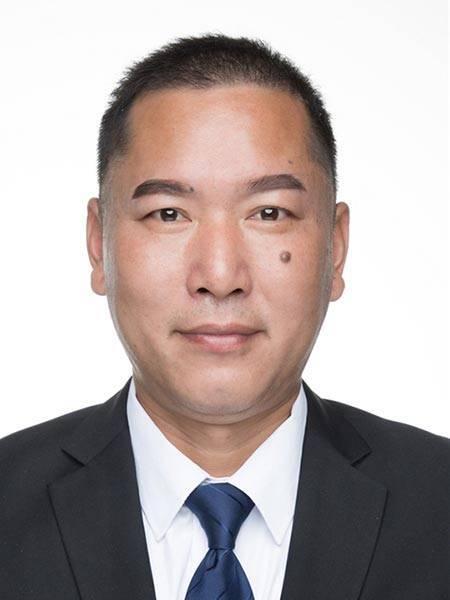 07王冬阳-高中部教务处主任