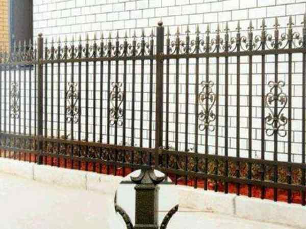奥力锌钢围栏