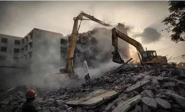 """还想靠拆迁城里的老房子暴富吗?国务院发文""""改旧""""不再拆迁!"""