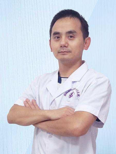 桂靖  副主任医师