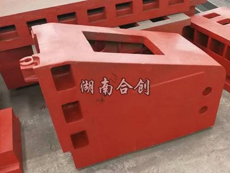 型材加工中心立柱