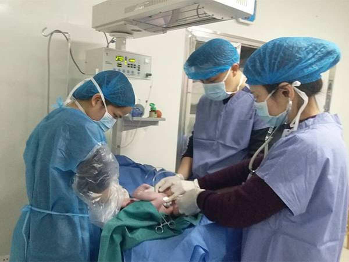 """医患互信 """"重量级""""孕妇在衡阳明仁妇女儿童医院顺利分娩"""