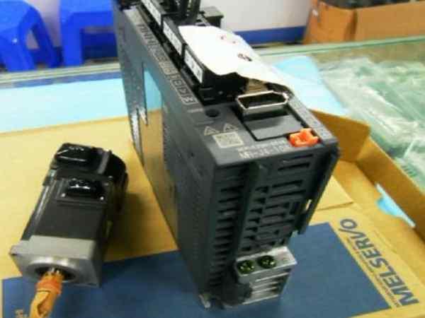 三菱伺服驱动及电机维修展示