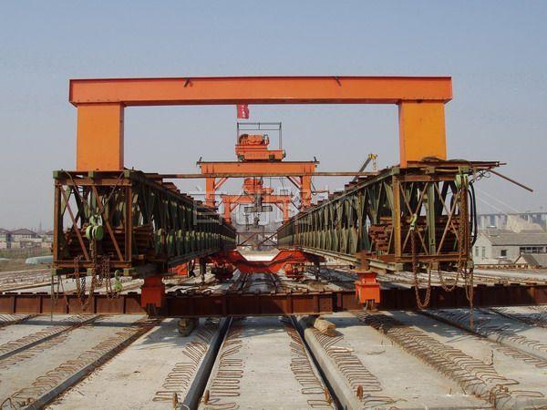 贝雷架桥机及挂篮