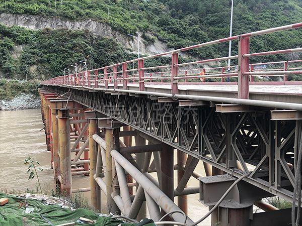 香丽高速中铁大桥局施工栈桥
