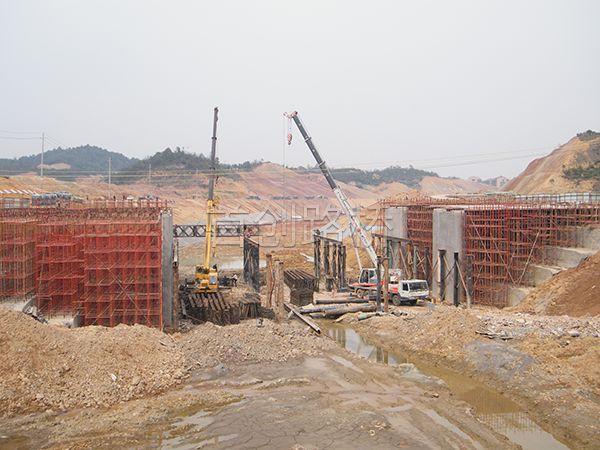 京珠高速宜章高速路口衡阳路(租赁)