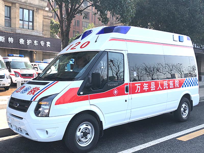 江铃福特新世代全顺V348长轴高顶柴油监护型救护车