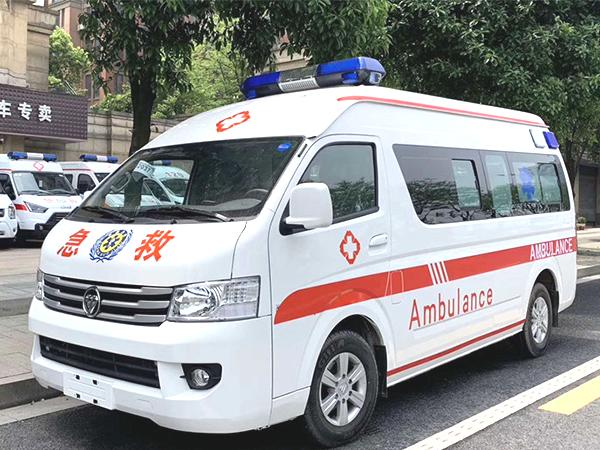 福田G9监护型救护车