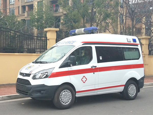 (自动挡)福特新全顺V362短轴中顶汽油监护型救护车