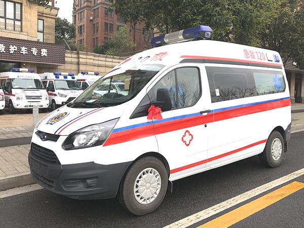 福特新全顺Ⅴ362中轴中顶8座商务型救护车