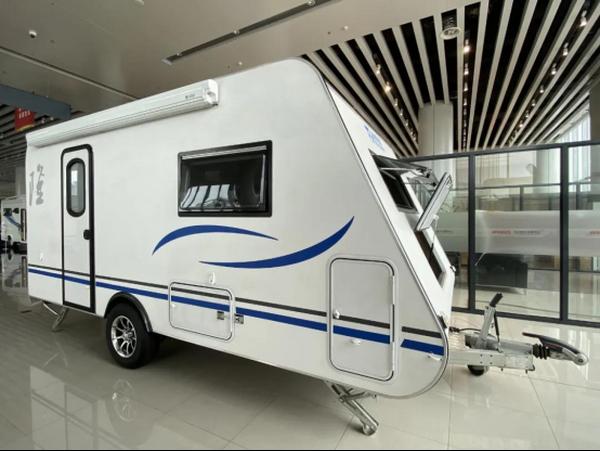 喜顺隆旅行家599拖挂房车 超轻铝合金材质家具 进口高配AL-KO底盘