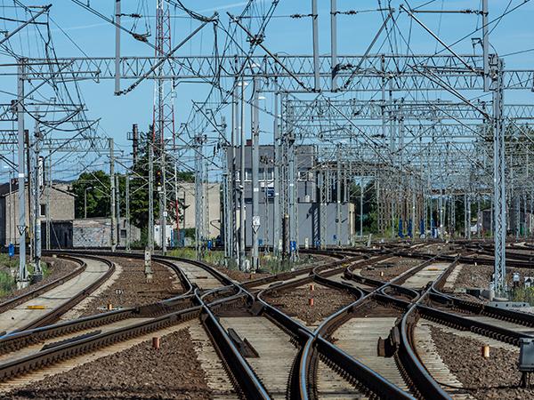 铁路电气化工程