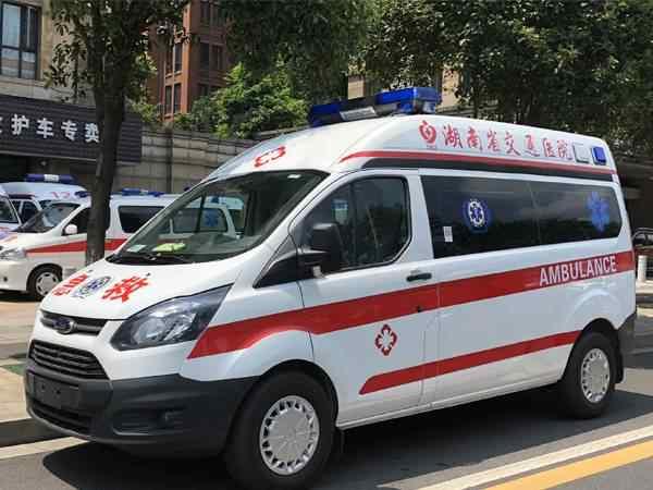 赛特牌V362中轴中顶监护型救护车设计理念