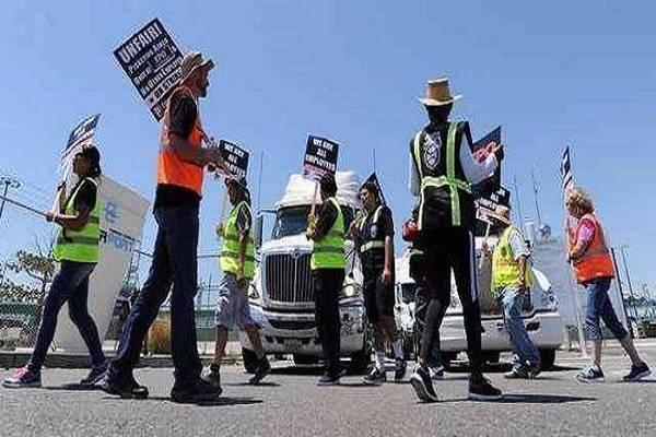 北美卡车司机、港口工人罢工,冲突升温已蔓延到洛杉矶港口,高运价拥堵持续至......