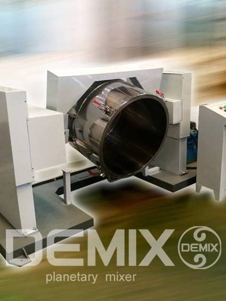 Mixing bucket flipping and dumping system
