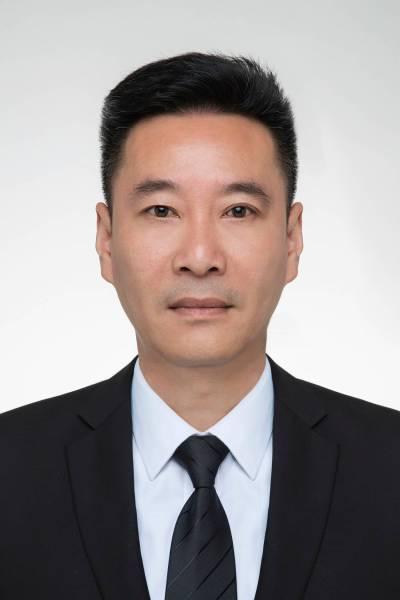 胡雄越-办公室主任