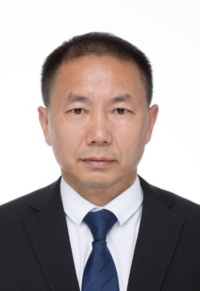 刘振辉-高中部教科室主任