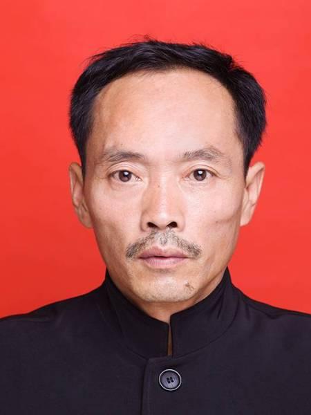 董事长-张顺耀