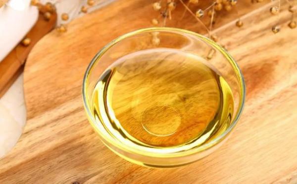大豆油、菜籽油、花生油……到底哪種更健康?答案揭曉,別再選錯